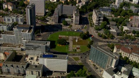 Stock Footage - Ernst Reuter Platz / Technische Universität