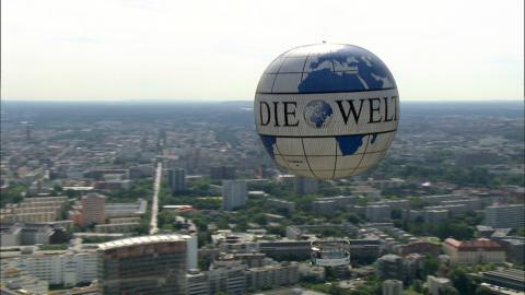 Stock Footage - Fesselballon am Potsdamer Platz